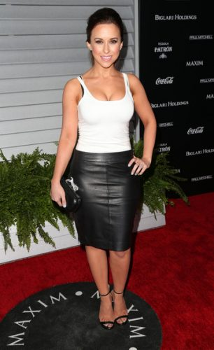 Lacey Chabert height and weight