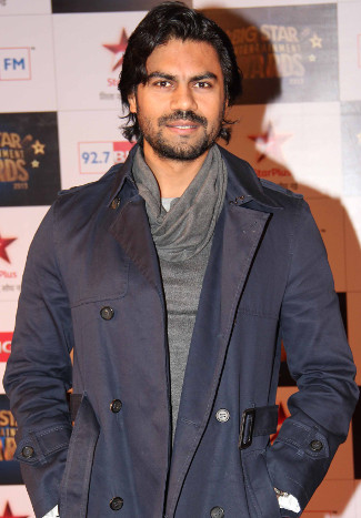 gaurav-chopra-chest-biceps-size