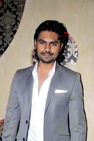 gaurav-chopra-height-weight-age-biceps-size-body-stats