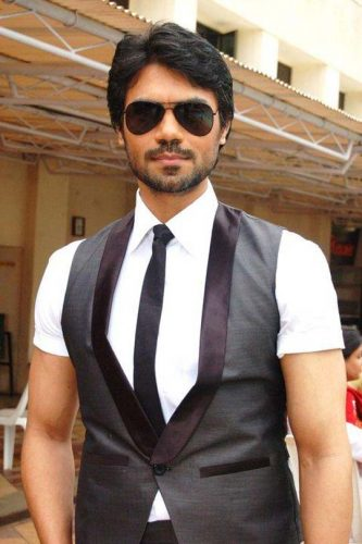 Gaurav Chopra height and weight 2016