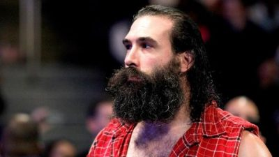 luke-harper-height-weight-age-biceps-size-body-stats