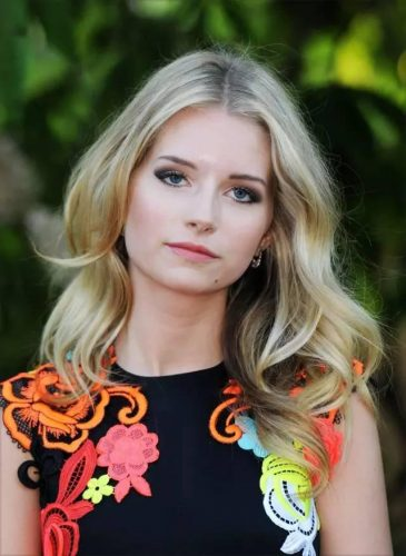 lottie-moss-measurements-height-weight-bra-size-age-wiki
