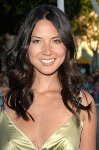 olivia-munn-height-and-weight-2016