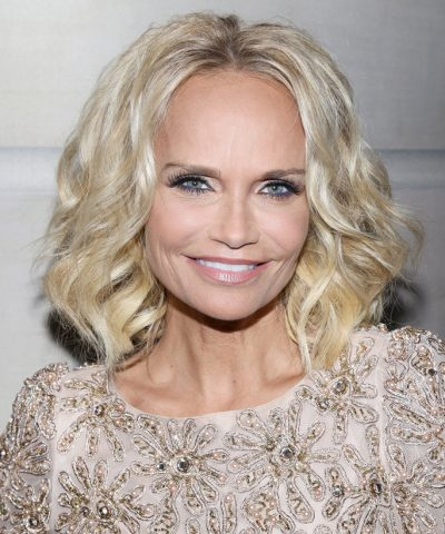 Kristin Chenoweth Measurements Height Weight Bra Size Age Affairs