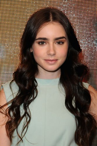 Lily Collins Bra Size, Wiki, Hot Images