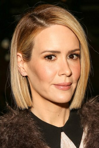 Sarah Paulson height and weight 2017