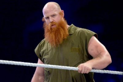 Erick Rowan Chest Biceps size
