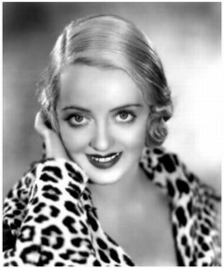 Bette Davis Measurements, Height, Weight, Bra Size, Age, Wiki