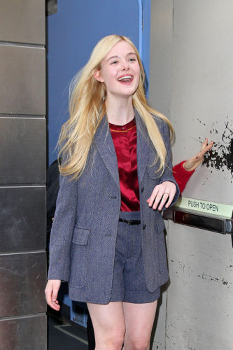 Elle Fanning height and weight 2017