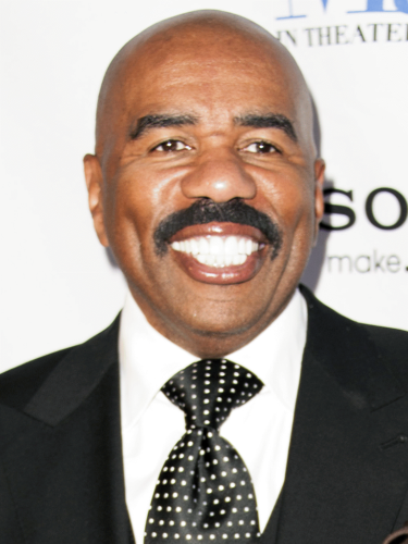 Steve Harvey Height, Weight, Age, Biceps Size, Body Stats