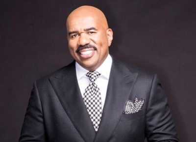 Steve Harvey height and weight 2017