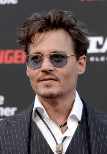 Johnny Depp height and weight 2017