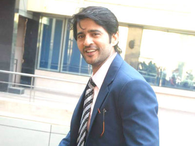 Hiten Tejwani girlfriend age biography