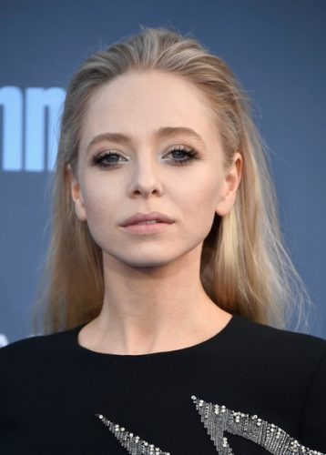 Portia Doubleday height and weight