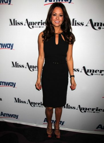 Brooke Burke-Charvet Measurements, Height, Weight, Bra Size, Age, Wiki