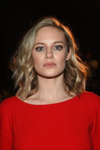 Danielle Savre height and weight