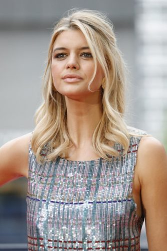 Kelly Rohrbach Bra Size, Wiki, Hot Images