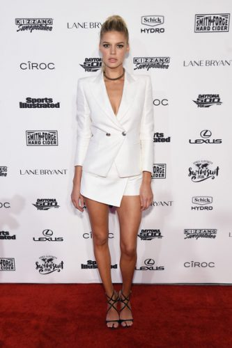 Kelly Rohrbach Upcoming films,Birthday date,Affairs