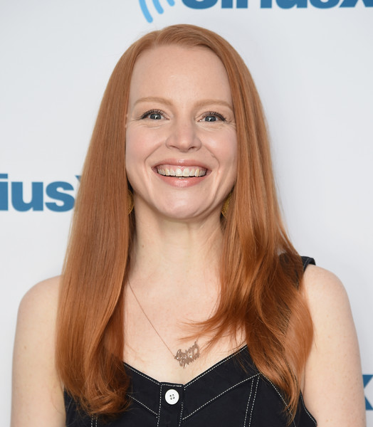 Lauren Ambrose height and weight