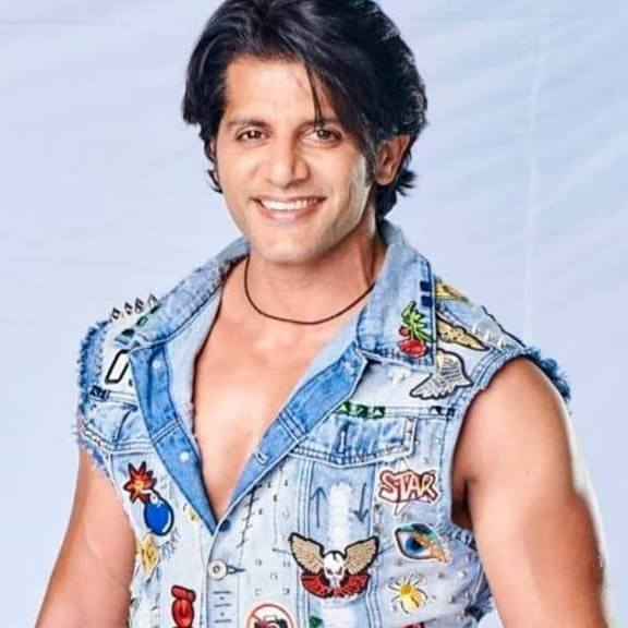 Karanvir Bohra Chest Biceps size