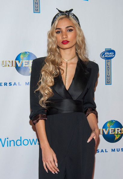 Pia Mia height and weight