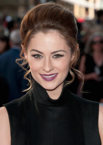 Madeline Mulqueen Measurements, Height, Weight, Bra Size, Age, Wiki