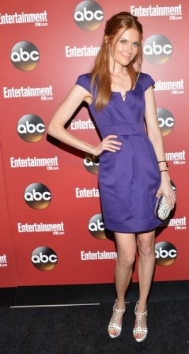 Darby Stanchfield height and weight