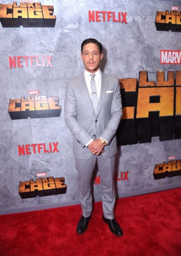 Theo Rossi Chest Biceps size